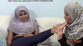 Slutty Desi Hijabis having lesbian fun