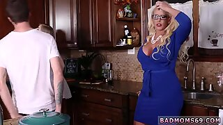 Fat mom fucks boss  boss My companion s step daughters Boyplaymate - Dolly Leigh