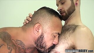 Mature wolf assfucking hairy stud in closeup