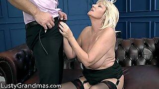 Curvy GILF Passionately Licks
