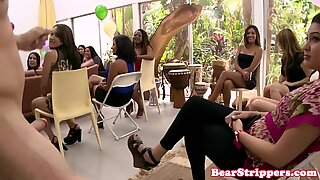 CFNM partygirls sucking on their knees